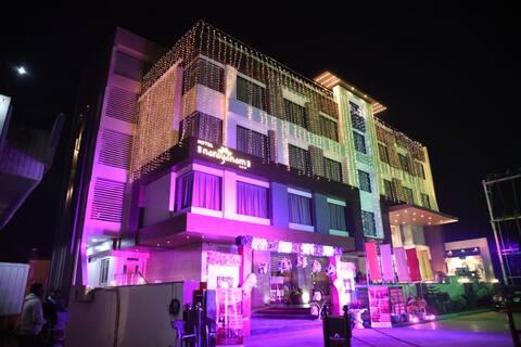 Hotel Narayanam, Gwalior
