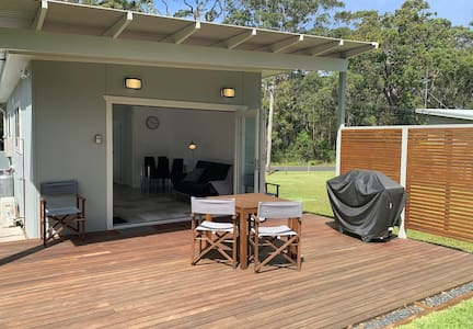 Huskisson Beach Box, Jervis Bay