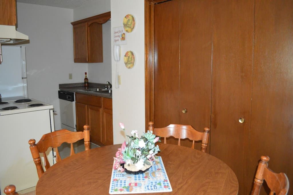 2 Bedroom 1 Bath Next Ou Apartments For Rent In Norman