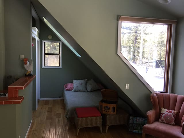 Cozy Eclectic Studio - Tahoe City - Apartament
