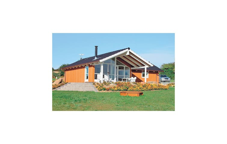Holiday cottage with 3 bedrooms on 85m² in Nordborg