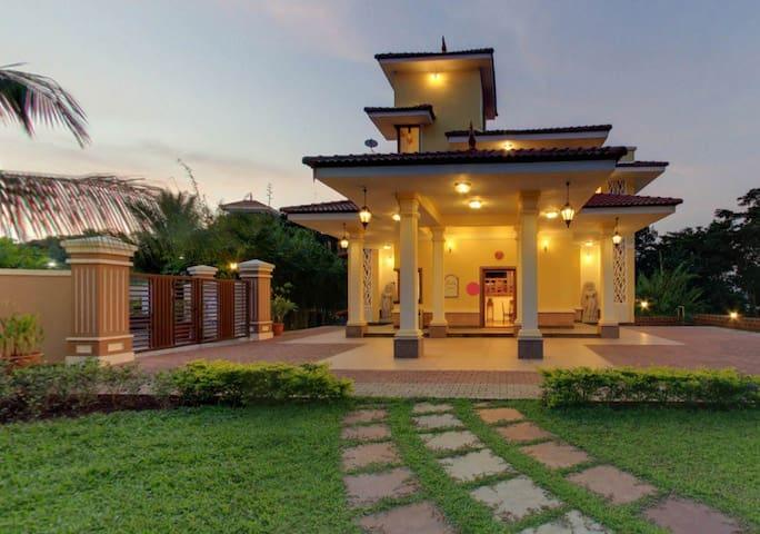 4 BHK Villa - North Goa - Villa