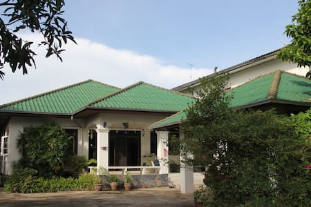 JJCozy homestay B&B/Feel like home - Tambon Nai Mueang