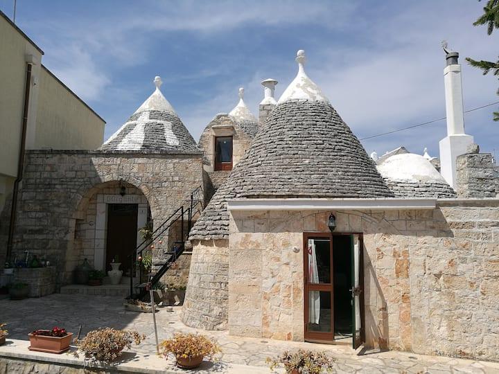 L'antico trullo a Locorotondo, in Valle d'Itria