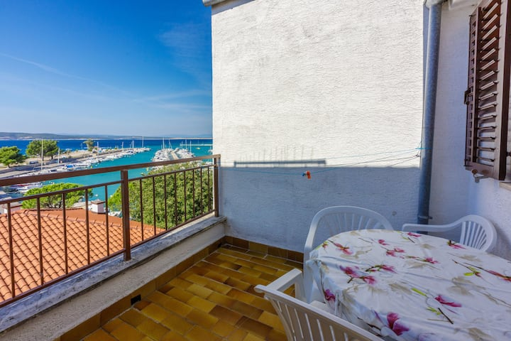 One bedroom Apartment, beachfront in Crikvenica, Balcony