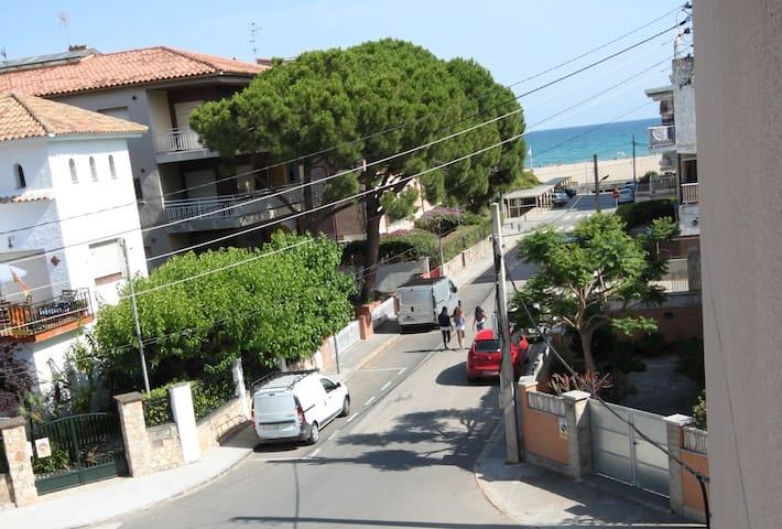 APARTAMENTO A 120 METROS DE LA PLAYA - Sant Salvador - Apartamento