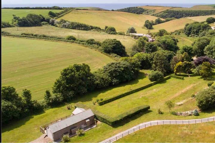 A fabulous and peaceful South Hams holiday lodge !