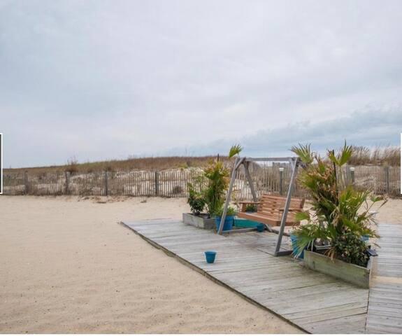 Beach front condo in Ocean City!