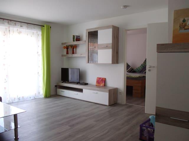 Apartment / Ferienwohnung Nürtingen Metzingen - Nürtingen - Flat
