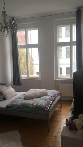 Gemütliches Zimmer in MD - Stadtfeld Ost (2er WG)