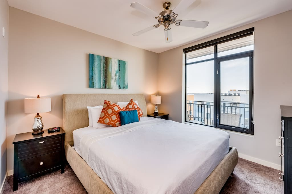 Stunning downtown 1bed apartment apartments for rent in 4 bedroom apartments in nashville tn