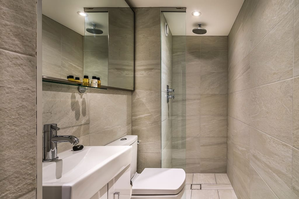Walk in rain shower with luxury toiletries included as standard