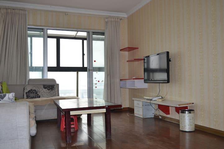 超大阳台两室一厅精装地铁口 - Wuxi