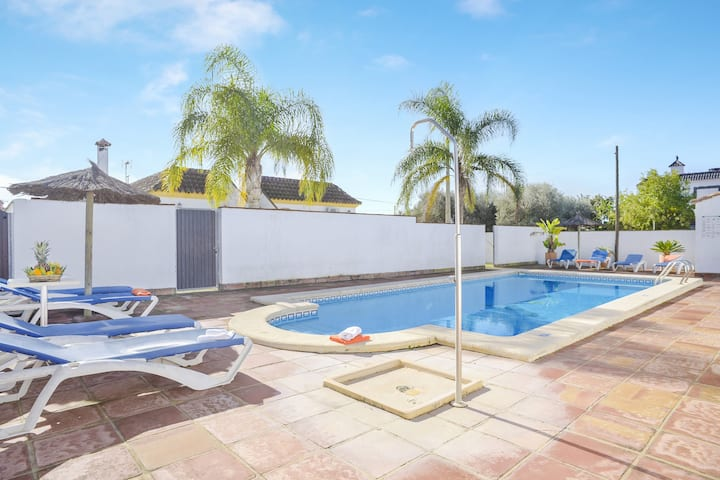 Charming Home Casa Villanueva 4 with Shared Pool, Garden, Terrace, Air Conditioning & Wi-Fi; Parking Available