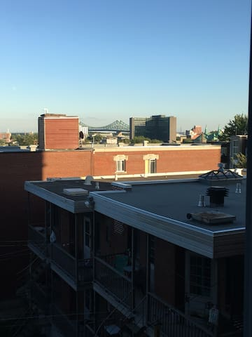 East plateau artist loft with incredible view.