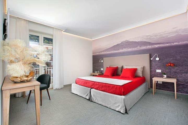 Ulisse Sorrento Center Apartment