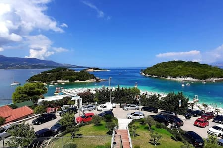 Welcome !New Ksamil Apartment with Sea View