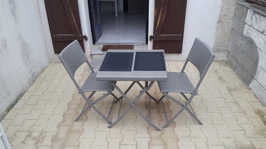 Charmant studio avec terrasse à Tarnos plage