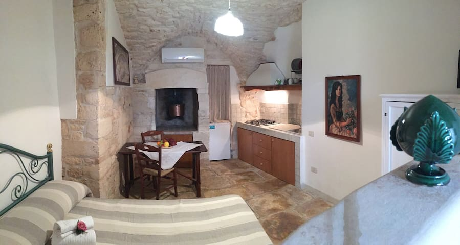 Monolocale con volte in pietra - Martina Franca - Appartement