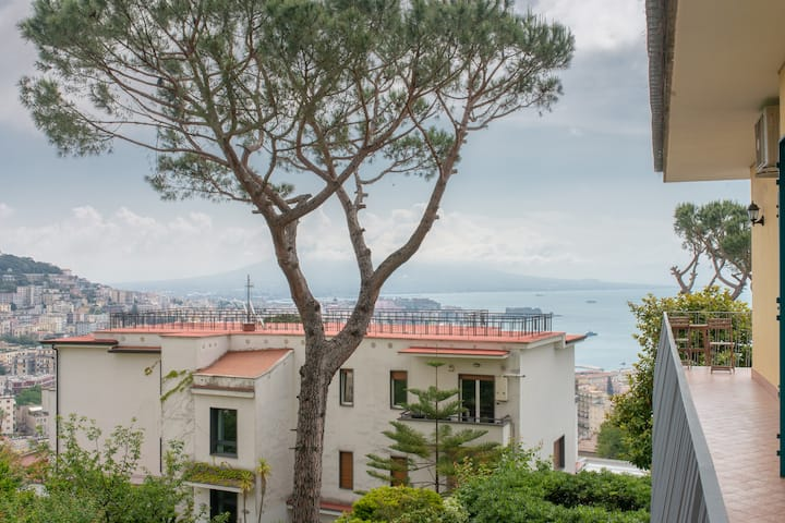 Napoli | Modern apartment with parking and seaview