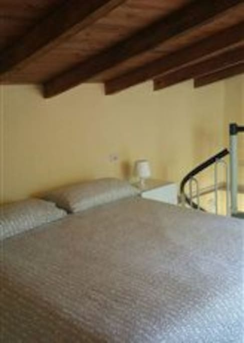 Casetta ideale per coppie in splendida posizione for Piani di casa per coppie di pensionati