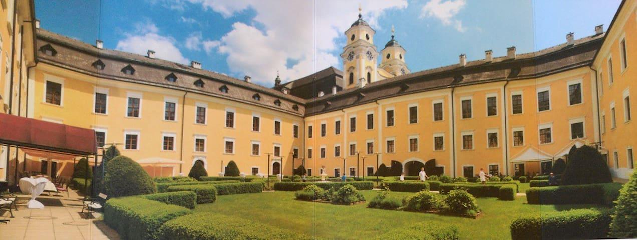 Wohnung im Hotel Schloss Mondsee - Mondsee - Apartament