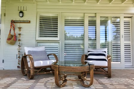 Shutters by the Sea PALM BEACH