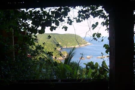 casa y jardín ideales para familias - Puerto Ángel - Hus