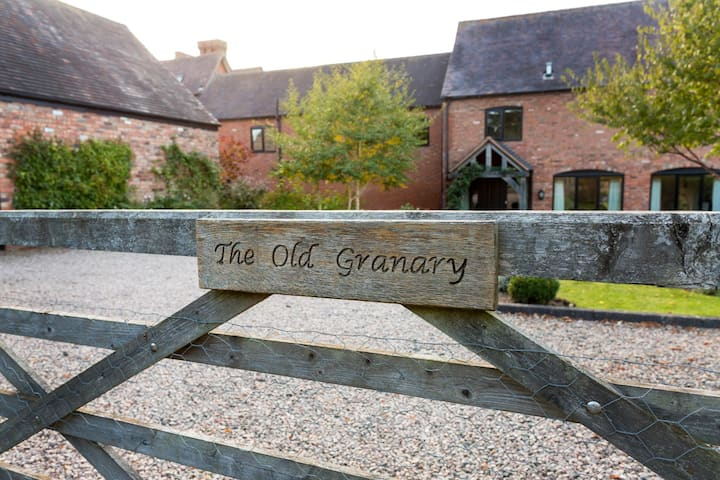 The Old Granary 3. Bed and Breakfast