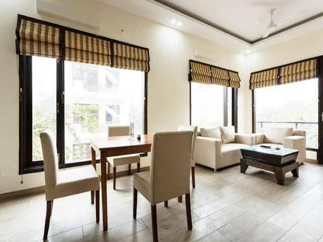 One BHK Lavish Srvs Apartment with balcony