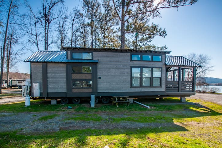 Spring Creek Cabin at RRL with 3 pools!