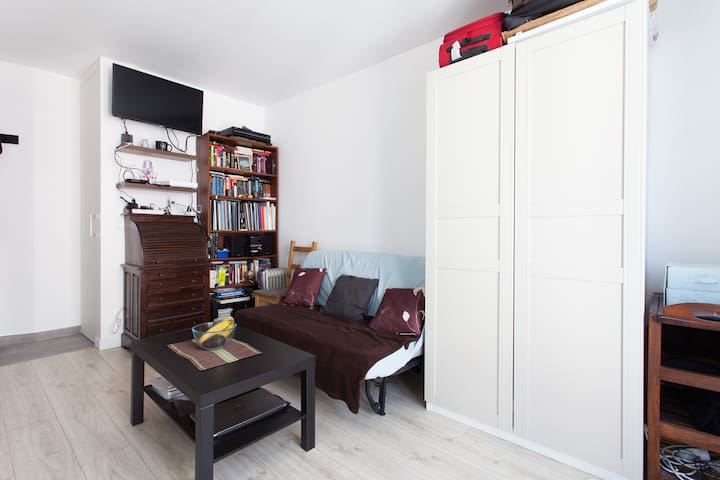 Bright studio near Parc des Princes