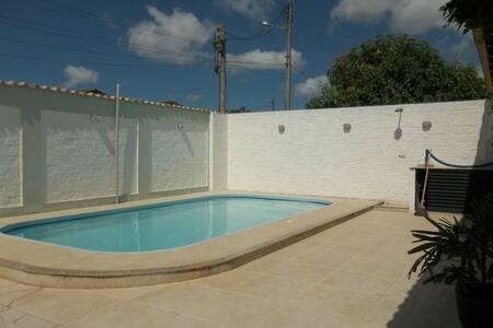 Excelente casa no centro de Iguaba Grande - Iguaba Grande - Casa