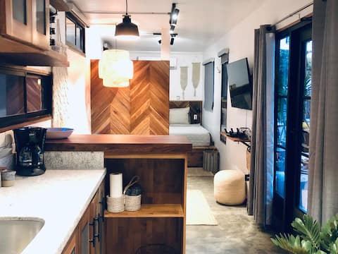 Beach box Container home by Casa Aire.