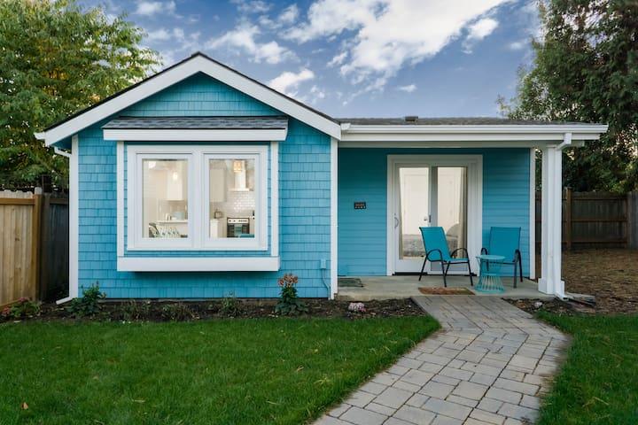 Little Backyard Cottage