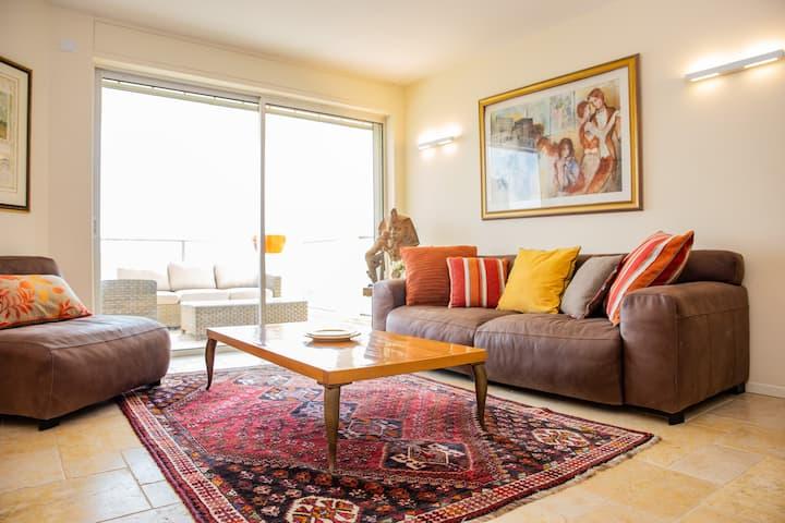Modern&Stylish 3BR Apt. W\Balcony Specious &Clean