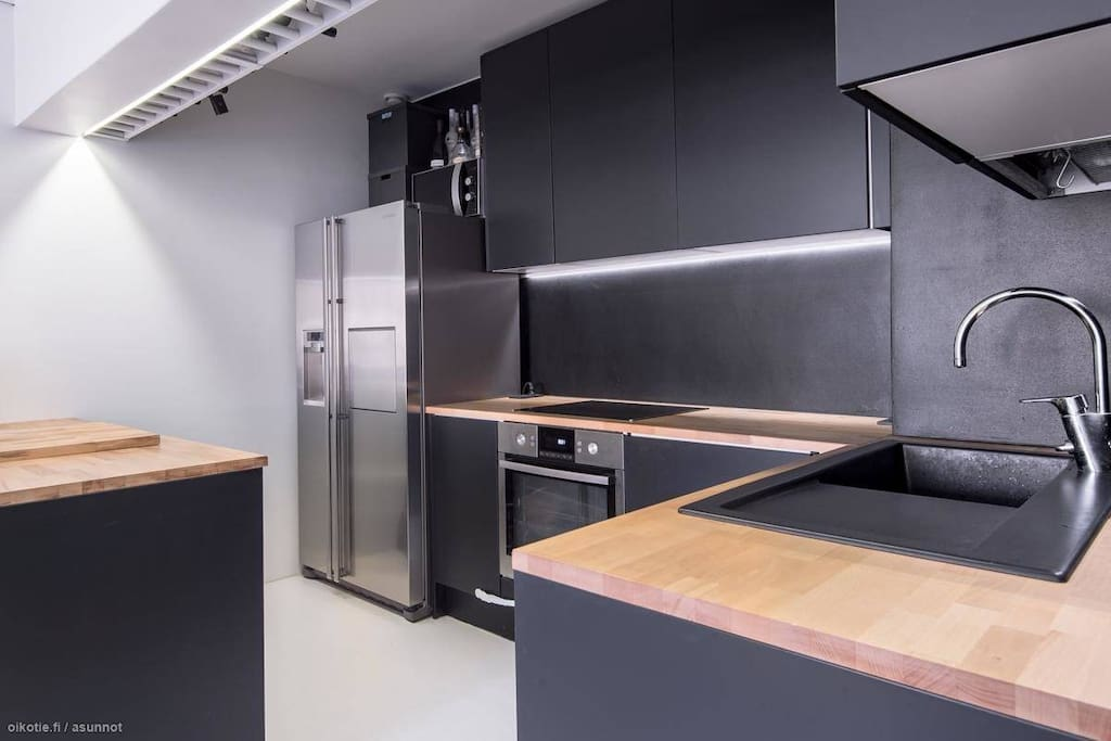 Fully equipped kitchen ready for gourmet cooking.