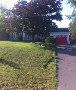 Affordable Room/Pet  Friendly in Monkland - North Stormont