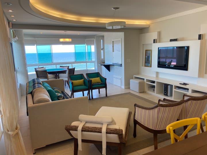 Apartamento à beira-mar em Capão da Canoa