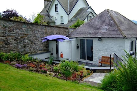 But and Ben Luxury Holiday Cottage - Gatehouse of Fleet