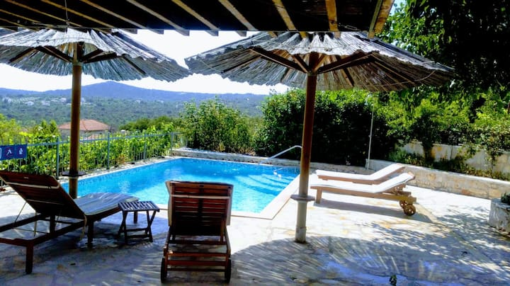 STONE VILLA ❤️ HEATED PRIVATE POOL GREAT OFFER 2021