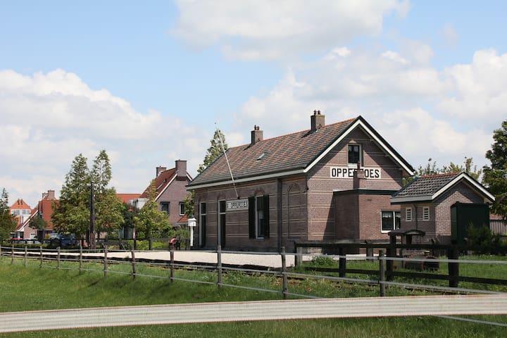 Station Stoomtrein in Opperdoes