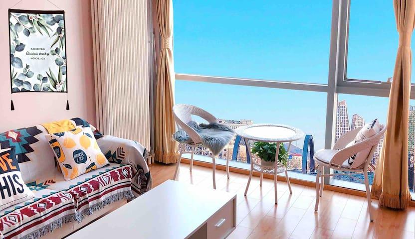 【旅行之家-摩洛经典】中昂时代广场Loft复式顶层观景房整独立公寓