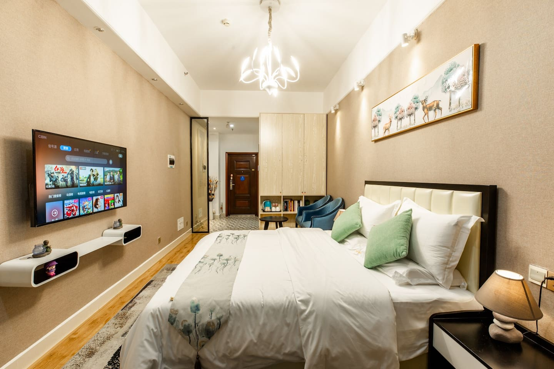 温馨浪漫的五星大床房