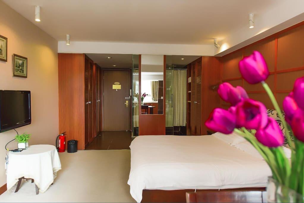 温馨舒适房 建筑面积:48平方米  楼层:18-31层 床型:1张