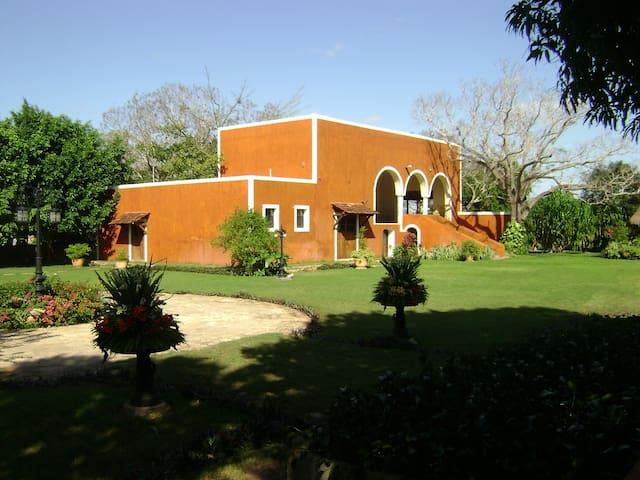 Quinta Baspul - Chicxulub Pueblo - Villa