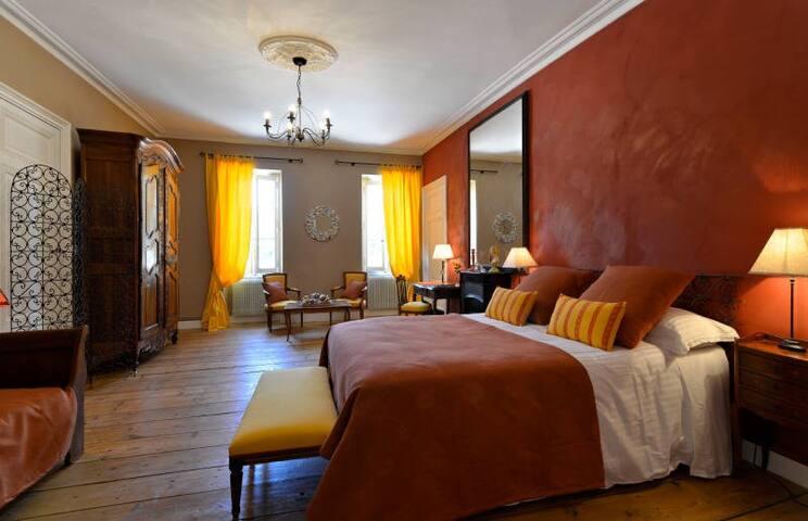 CHATEAU DE L'ISLE - LA PROVENCALE - Castelnau-de-Médoc - ที่พักพร้อมอาหารเช้า
