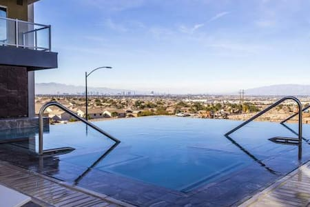 Luxury apartment with amazing view! - Henderson - Wohnung