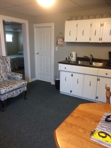 Private basement Guestrooms