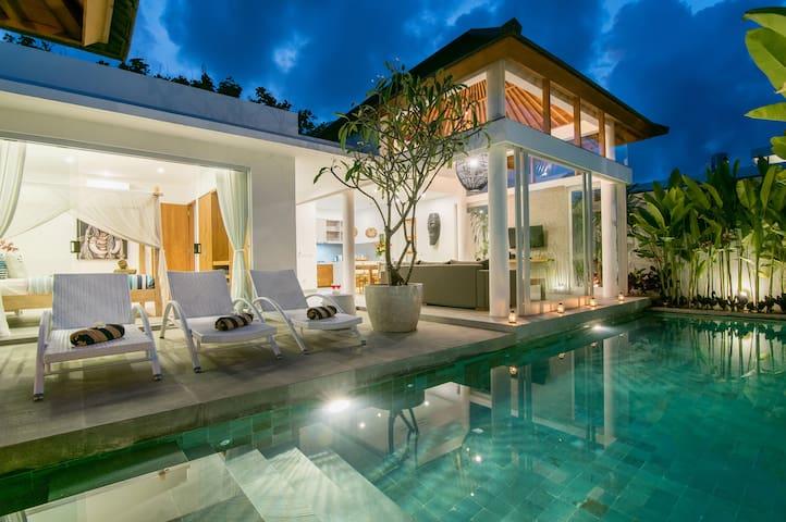 NEW!! Villa Bronte Berawa 100m from the beach